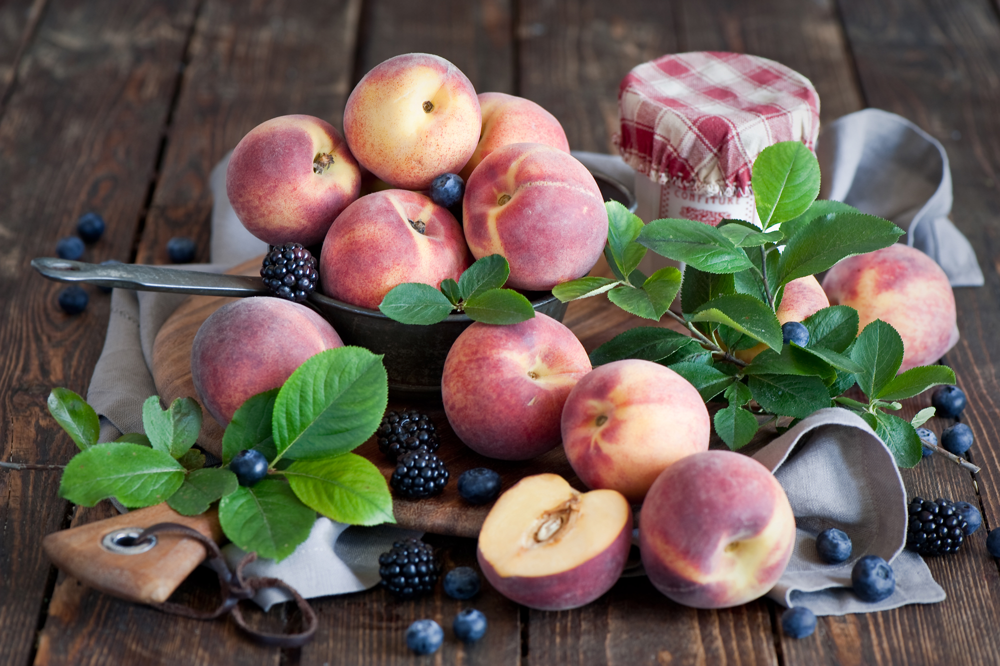 Пятерка лучших и полезных продуктов июля